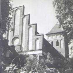 2. Kościół filialny z I poł. XIVw (x2)